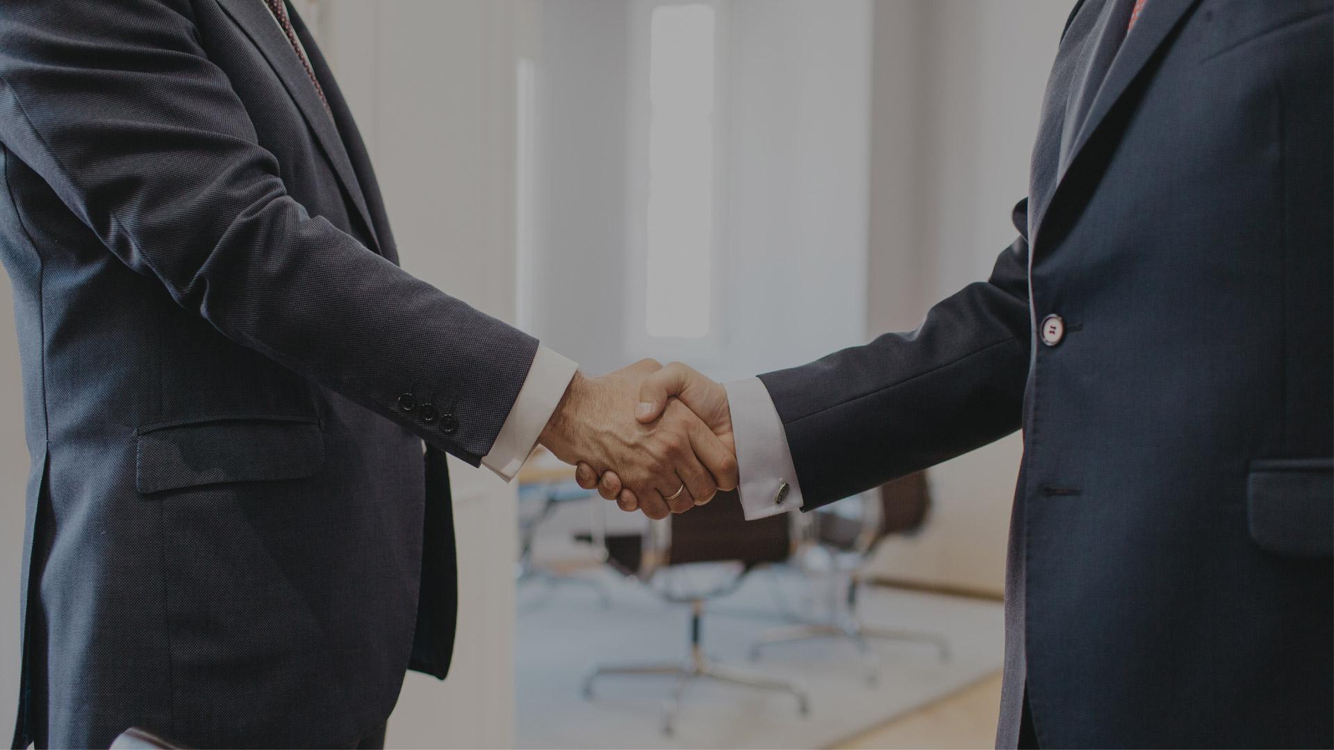 Construimos alianzas duraderas con nuestros clientes